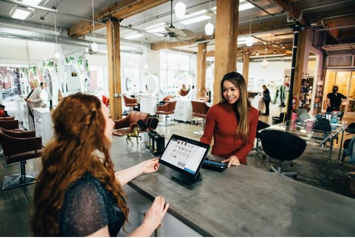 khảo sát trải nghiệm khách hàng